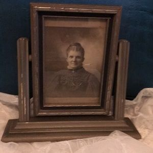 ANTIQUE 4 X 6 HANDMADE SILVERTONE PICTURE FRAME
